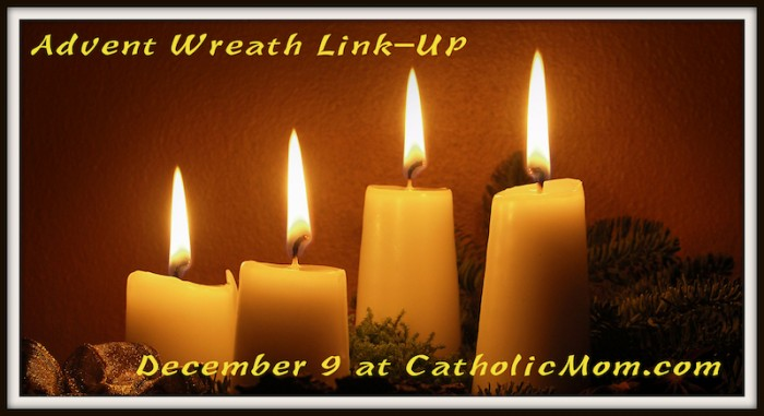 2013adventwreathlinkup-rect-700x381